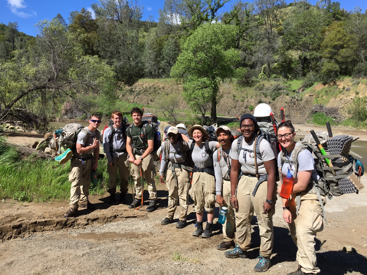 BLM California youth group cleans up public lands, BLM California photo