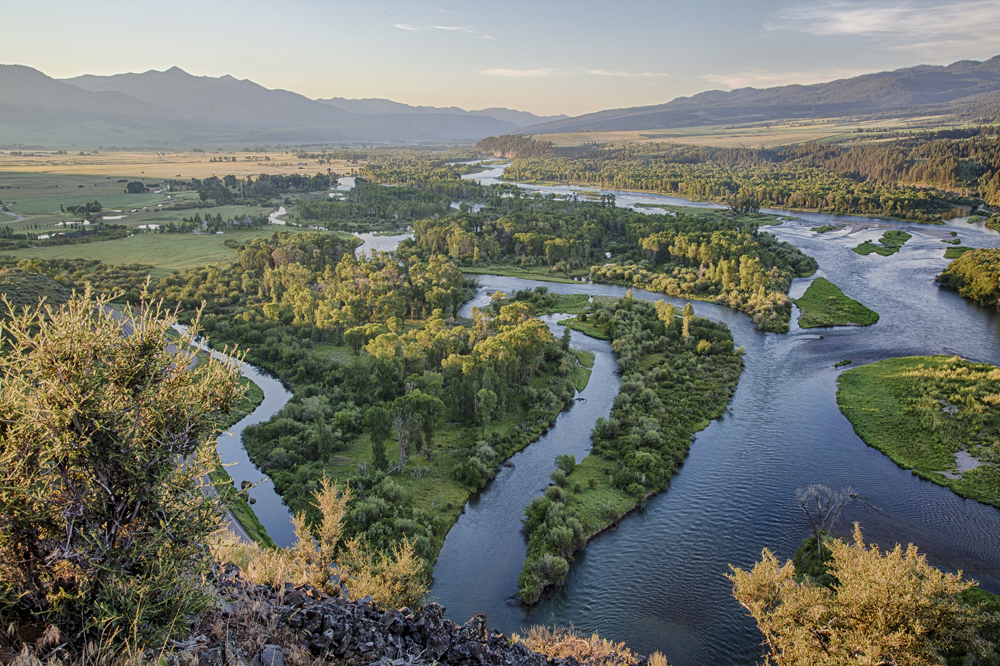 A landscape view of Snake River ACEC in Idaho. Photo by Bob Wick, BLM