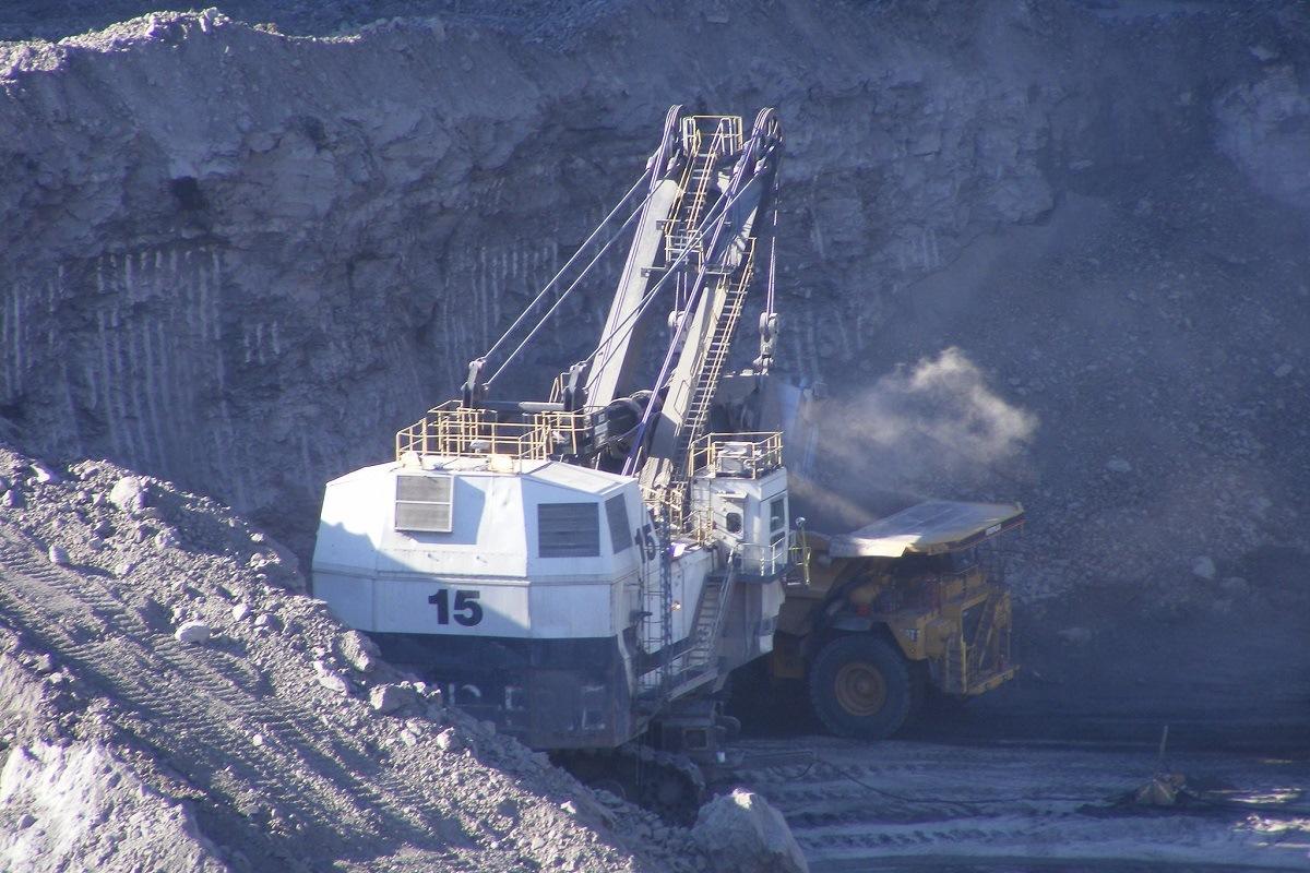 Coal operations. BLM photo.