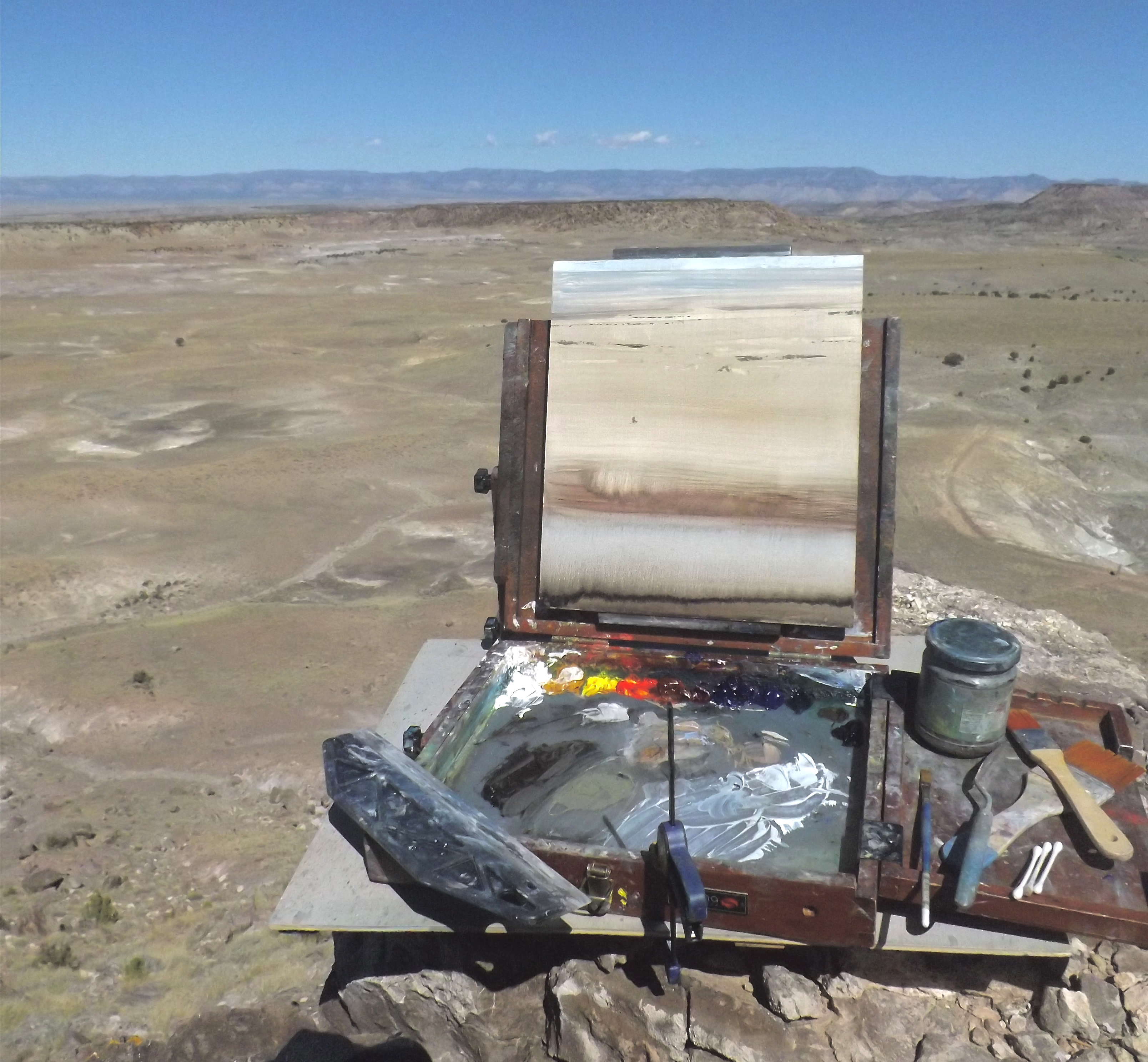 A painting is set up at a Cleveland Lloyd Dinosaur Quarry overlook.