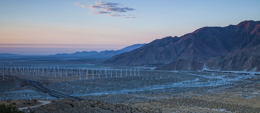Renewable energy development in the California desert. Photo by Tom Brewster Photography.