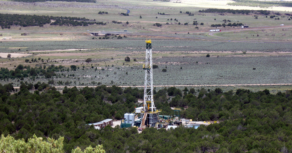 Cover Fort Enel Well 61-12 Thermosource Drilling Rig.