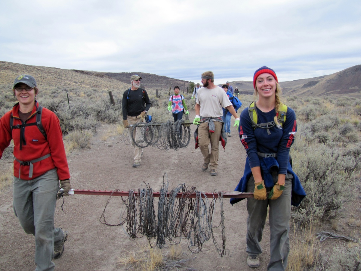 National Public Lands Day volunteers work in Idaho, BLM photo